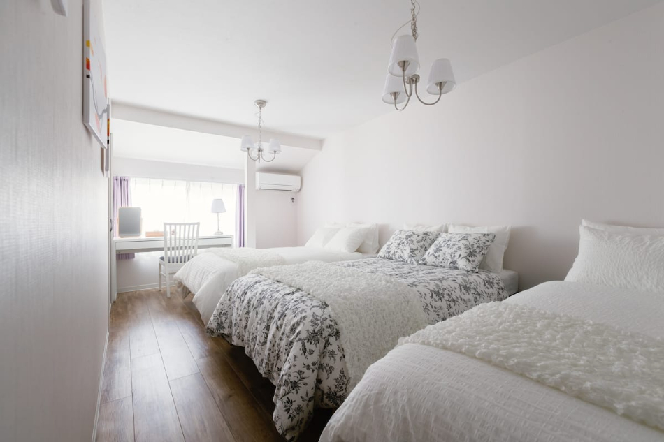 パーティスペース 大阪 D3 HOTEL 民泊 ホテル 場所貸し Airbnb スペースマーケット Spacemarket Booking 楽天トラベル